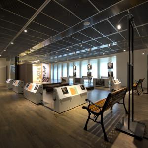 Ausstellungen / Exposities / Exhibitions - Hooghalen