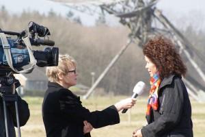 Margriet Brandsma interviewt Projektleiterin Monika Fricke (Landkreis Leer)